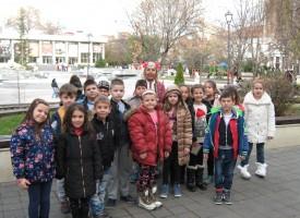 """Децата от НУ """"Васил Друмев"""" участваха в образователен концерт"""