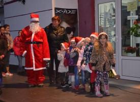 Стрелча сложи началото на Коледните тържества