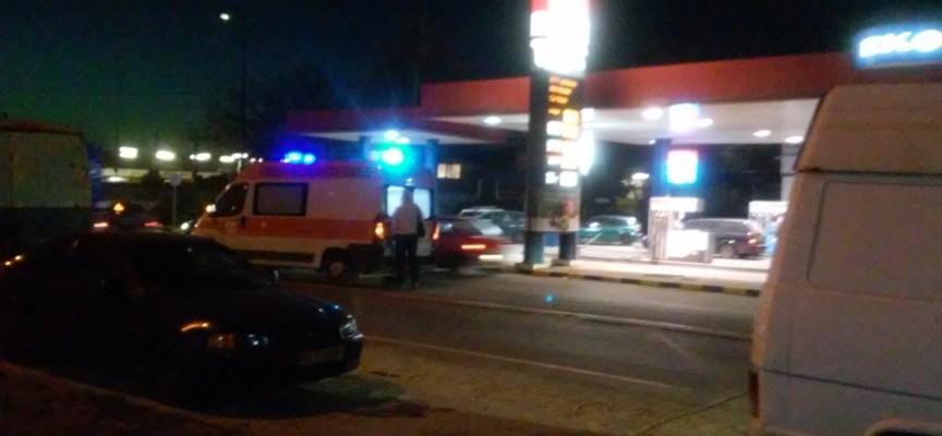 """61 годишна пострада при катастрофа на ул. """"Стоян Ангелов"""""""