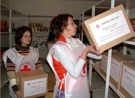 От утре: БЧК започва раздаването на индивидуалните пакети с храни