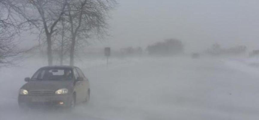 Синоптици: Не тръгвайте без зимни гуми и вериги към планината, студ до минус 20 градуса