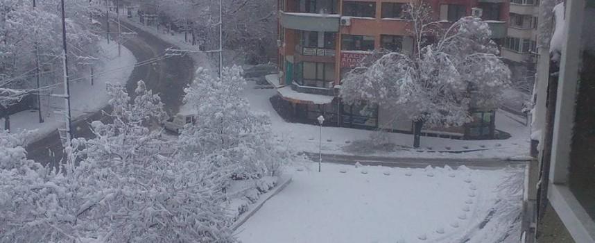 След снега: Обстановката в община Пазарджик се нормализира