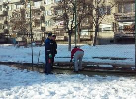 """Мокри кърпи и дамски превръзки запушиха канализацията на """"Райко Алексиев""""5"""