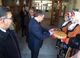Велинград посрещна посланика на Кувейт с хляб и сол