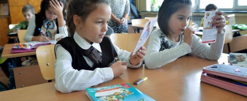 РЗИ: Въшки имат единици деца от начален курс, правят се редовни проверки в школата