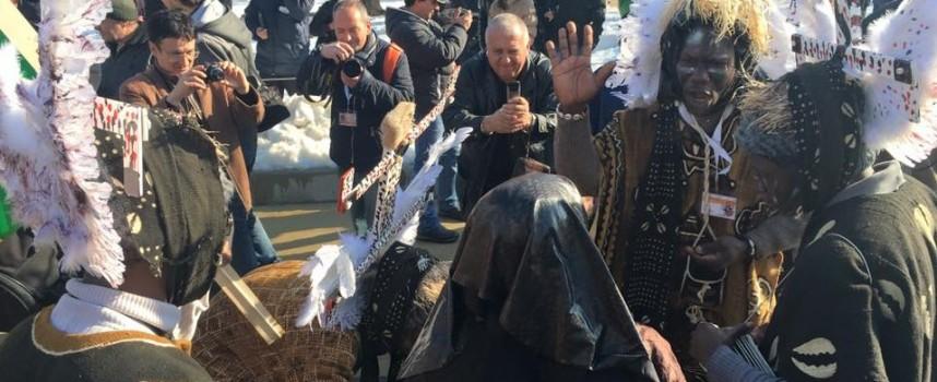 """Наши кукери участват в юбилейното издание на """"Сурва 2016"""" в Перник"""