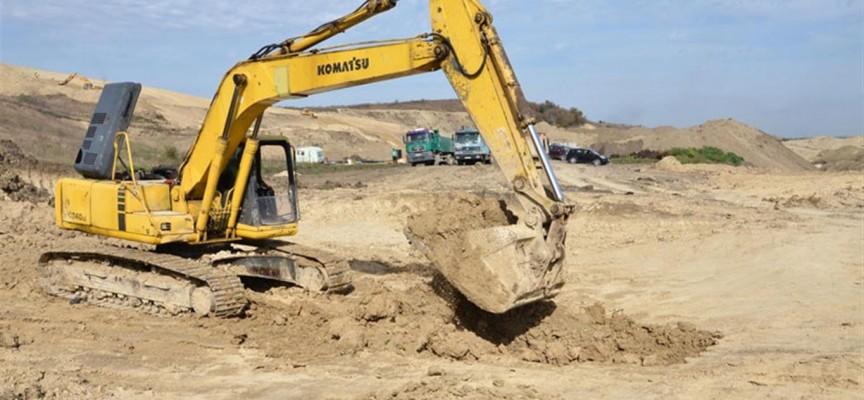 Усилено се строи първата клетка на новото депо за отпадъци