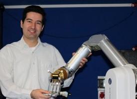 """Носителят на награда """"Джон Атанасов"""" д-р Петър Кормушев става част от хакатон .NET"""