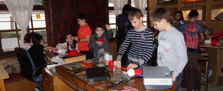 В Етнографския музей: Мартенската работилничка работи