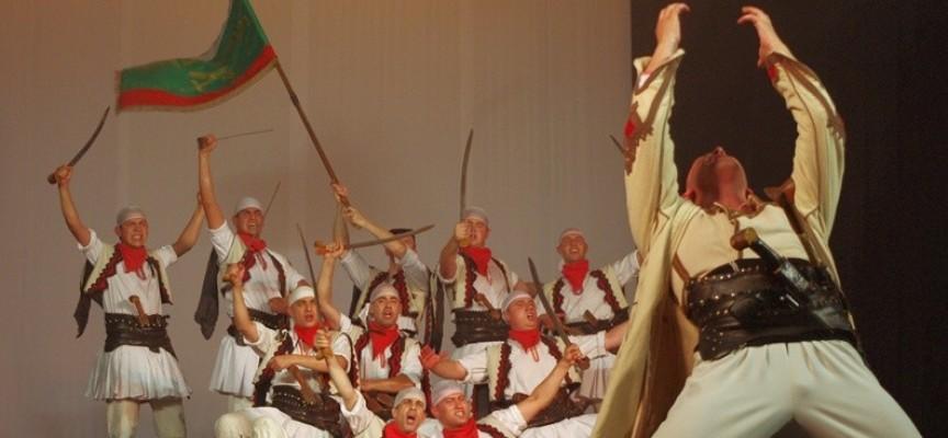 """Предприемачите канят бизнеса и общинските съветници да спонсорират спектакъл на """"Българе"""""""