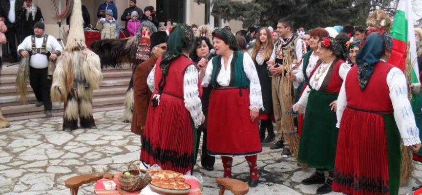 В неделя: Сирни Заговезни е ден за прошка, в Калугерово – джумали