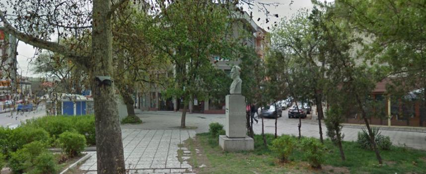 Паметникът на Петър Абаджиев остава, ще правят комисия