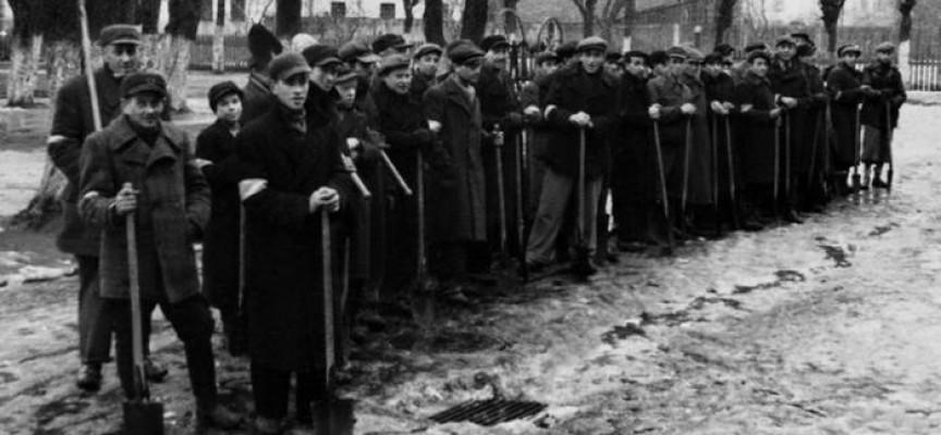 Дела и документи: На 5 април 1962 г. закриват лагерите в Ловеч и Скравена