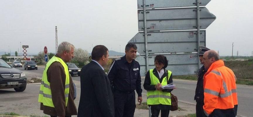 В Септември: Марин Рачев поиска от Пътното изграждане на кръгово кръстовище при ханчето