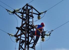Заради либерализацията на пазара през май плащаме две фактури за ток
