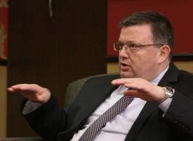 В Пловдив: Сотир Цацаров твърди, че първите облечени в бурки получавали по 120 лв.