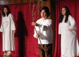 """Ден втори на """"Океан от любов"""": Три постановки в Младежкия дом до довечера"""