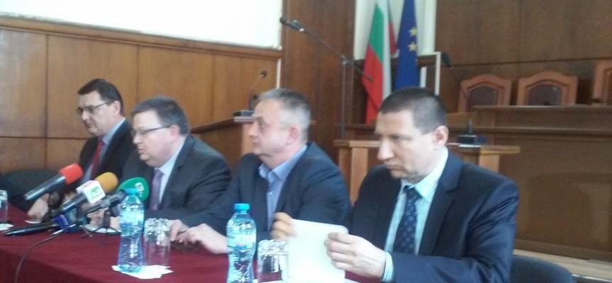 Сотир Цацаров: Законът за вероизповеданията се нуждае от ремонт
