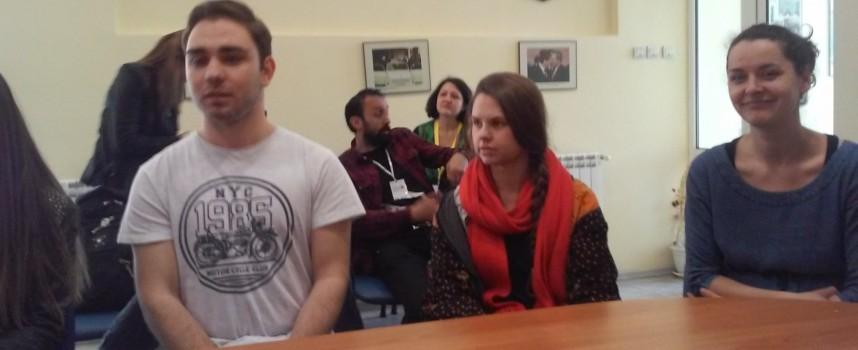"""Актриси рецитираха Шекспир в църквата """"Св. Димитър"""" в Паталеница"""