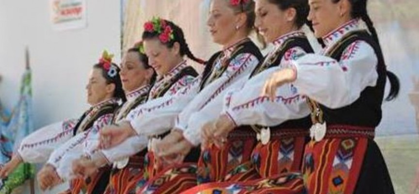 Иди и виж: В 11 ч. започват пролетните фолклорни празници на Тортата