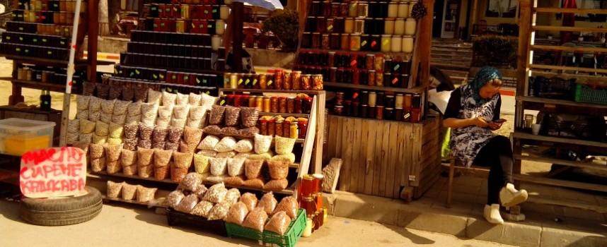 Съботни маршрути: Пазарчето на Юндола – раят на био продуктите