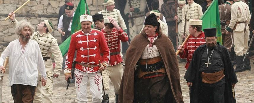 """Бунтовните градове: Набират доброволци за """"Възстановка на отбраната"""" на Брацигово"""