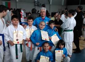 """В Бургас: 18 медала за нашите каратеки от """"Тонус – спорт"""""""