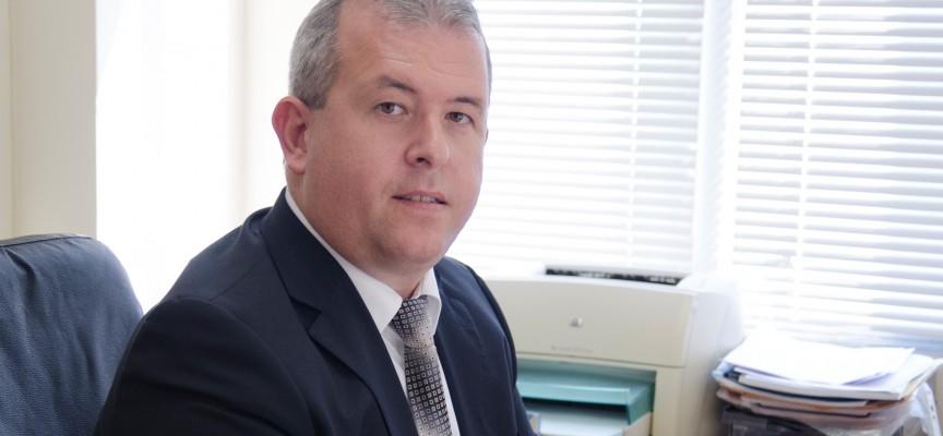 Йордан Младенов: Ще направим модерна кампания за президент, пускаме допитване