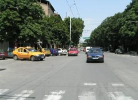 От 2017: Таксиметровите шофьори плащат патент от 300 до 1000 лв.