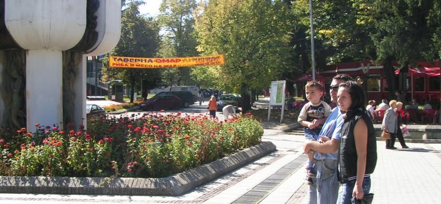 Във Велинград: Дете намери и върна 54 000 евро