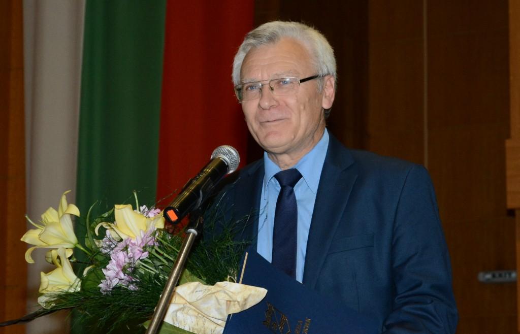 Никола Колев (1)