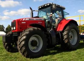 В Септември: Правят технически прегледи на трактори и инвентар на 23 май