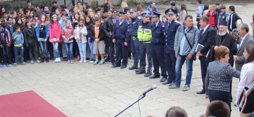 Здравни специалисти помагат в Детските полицейски управления на Пазарджик, Септември, Пещера, Велинград, Панагюрище