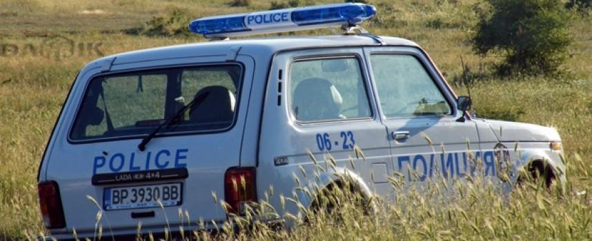 """Задържаха двама предлагали подкуп на полицаи в кв. """"Изток"""""""