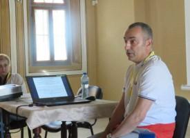 Участниците в уъркшопа на Марко Бартолини снимаха репортажи на пазара