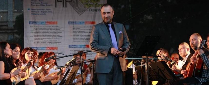 Снощи: Руслан Мъйнов бе гост на концерта на мандолините