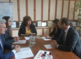 Гинче Караминова и Евтим Янев се срещнаха Робърт Дик заради освобождаването на пазара на тока