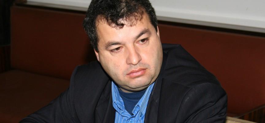 """На 31 май: Решават дали д-р Темнилов остава представител на общината в МБАЛ """"Пазарджик"""""""