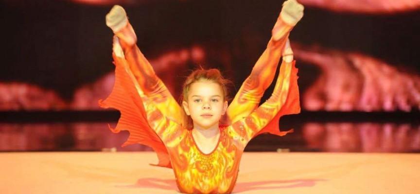 Гласувайте за Дара Стоянова на 17460 след изпълнението на последния за вечерта талант