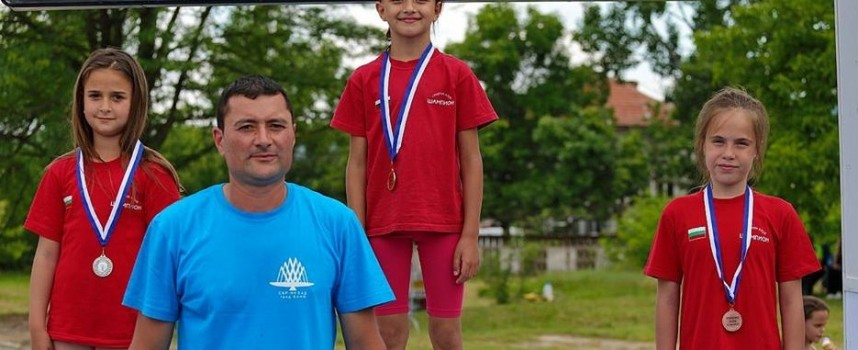 """СК""""Шампион"""" с най-много отличия от Държавното по акватлон 11медала, 4 златни"""