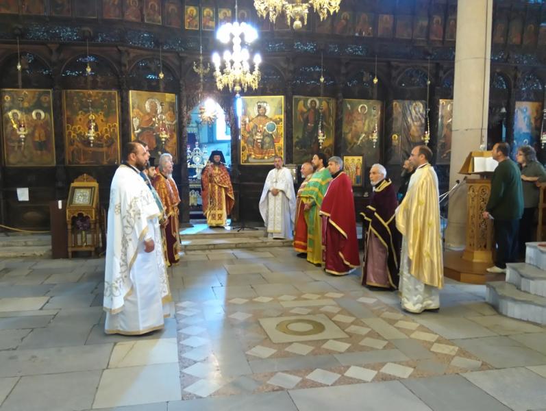 09свещеници
