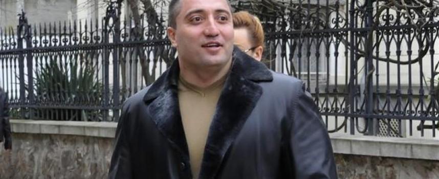 МВР обяви за национално издирване двама от Пазарджик за престрелката с Митьо Очите