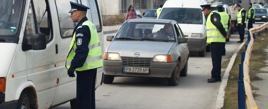 """Четирима пияни и един """"друсан"""" в Пещера закопча полицията"""
