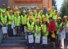 Министър Петкова в Панагюрище: Всеки инвестиран лев е важен