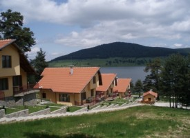 Румънци, израелци и македонци щурмуват курортите в областта