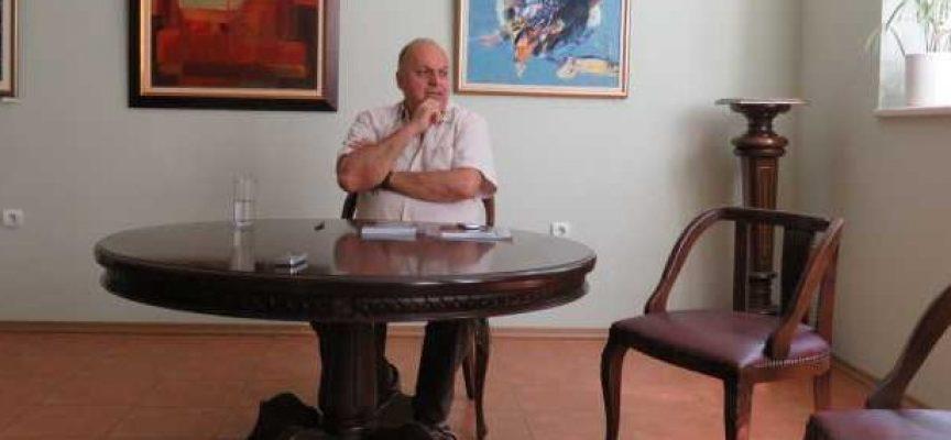 """УТРЕ: Представят """"Рицар без диагноза"""" в ХГ""""Станислав Доспевски"""""""