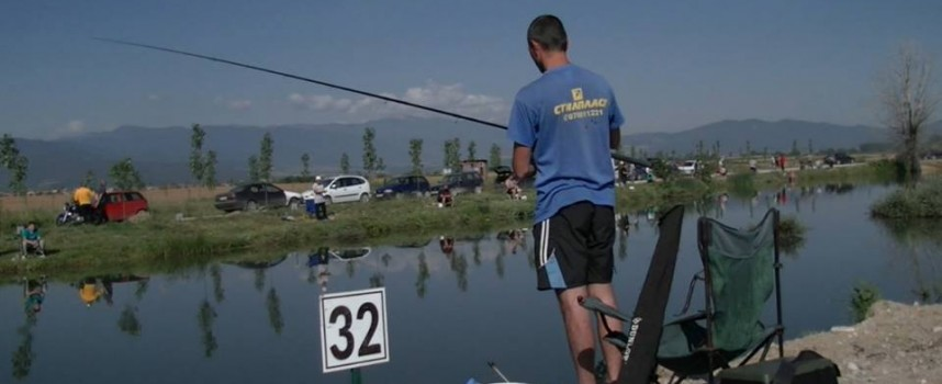 """Кметът на Септември забрани риболова за външни в """"Сунгурлука"""""""