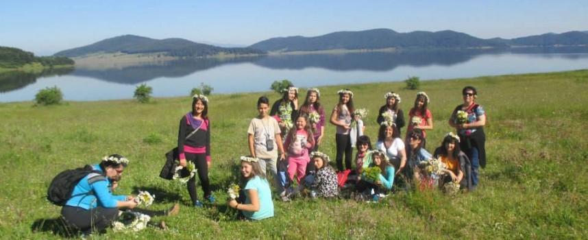 Музеи и читалища осмислят лятото на децата ни в Батак и Брацигово