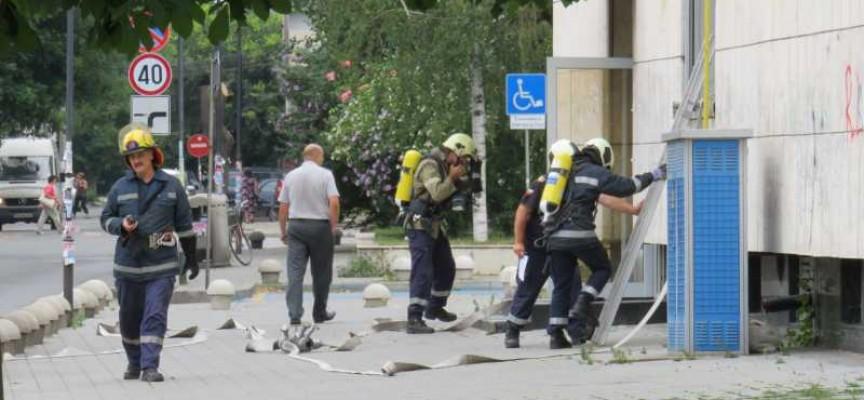 За три дни: Пожарникарите са реагирали на 43 сигнала