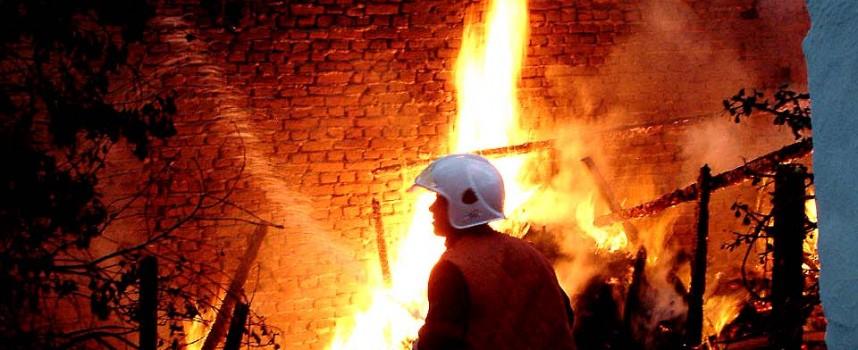 10 годишна подпали неволно сеновал край Нова Махала